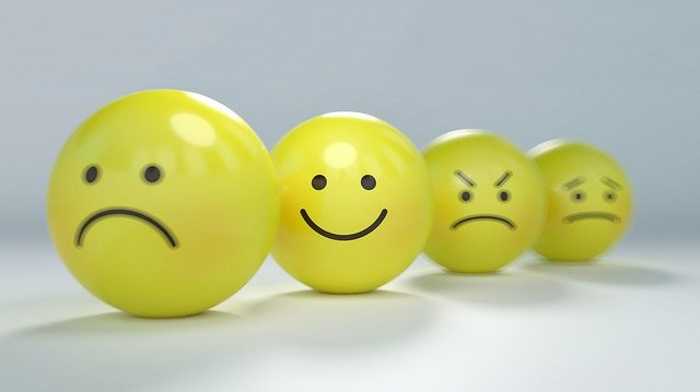 smiley-2979107_640 Don't ignore your feelings, they are your guidance.          4 steps to read your feelings.